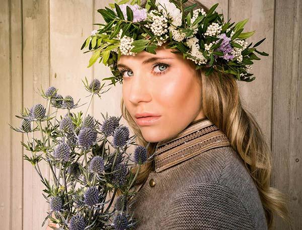 Litzlfelder Strickjacke Blumen2